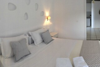 gallery navy blue suites mykonos-17