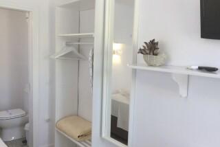 small studio navy blue suites facilities